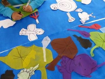 Making banners from leaves and natural elements