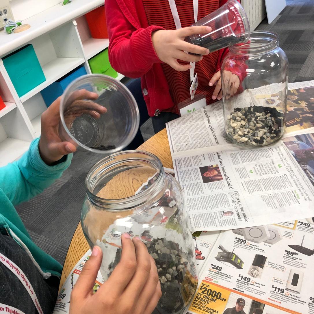 Making a Terrarium: preparing the substrate.